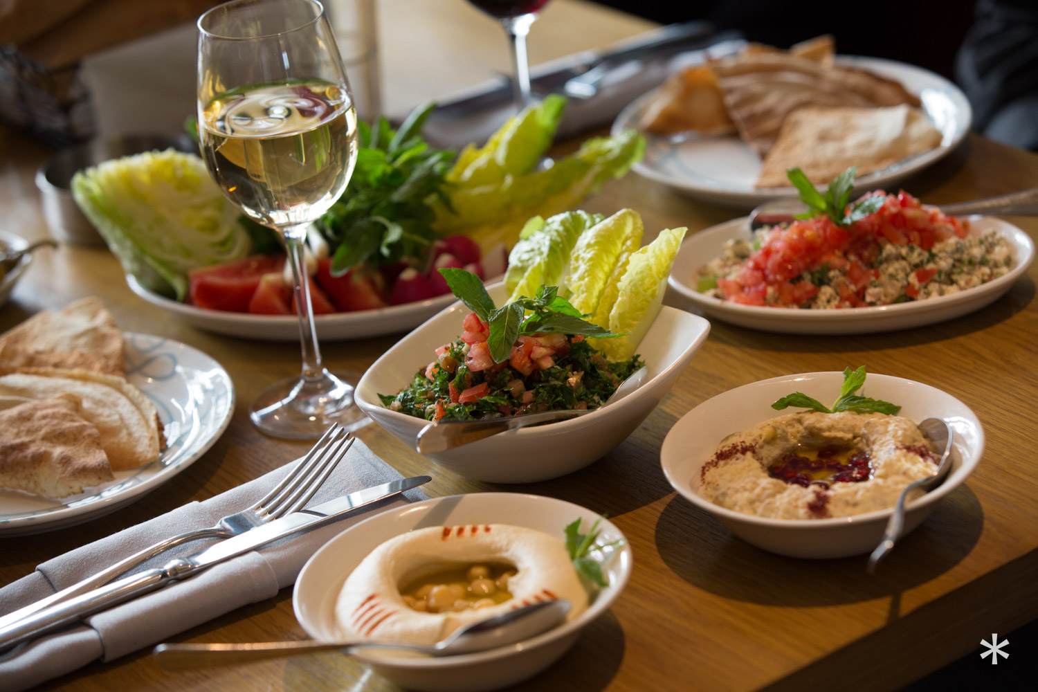 meze, authentic, Lebanese restaurant, Lebanese cuisine, Lebanese food, delivery, London, UK, abdelwahab.co.uk